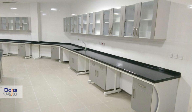 ساخت و نصب تجهیزات سکوبندی آزمایشگاه دانشگاه رازی کرمانشاه