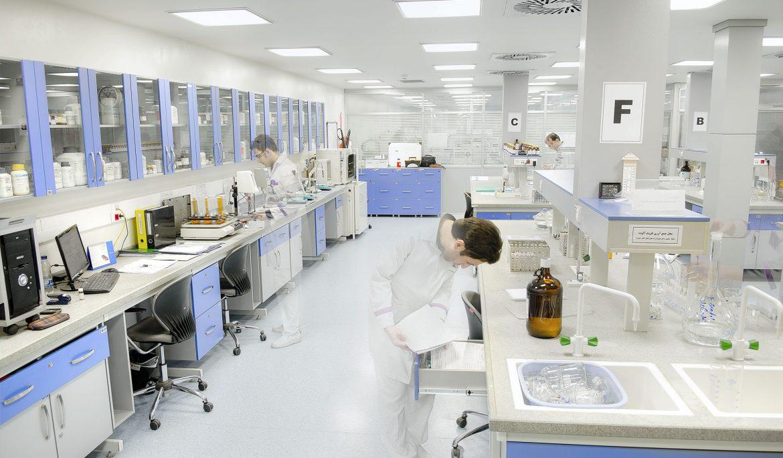 کابینت آزمایشگاهی